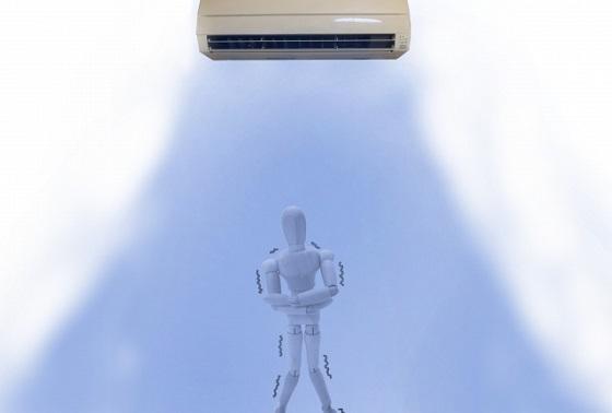 エアコンによる冷え